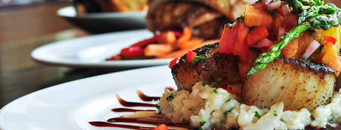 Dining Deals at Perry's on the Embarcadero in San Francisco